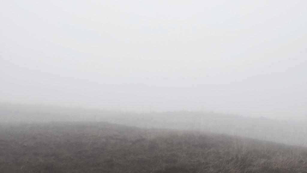 Griet Dobbels video art land art hiking fog experience